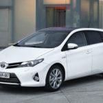 Автомобиль Toyota Auris хэтчбек