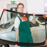Сколько стоит лобовое стекло для авто?