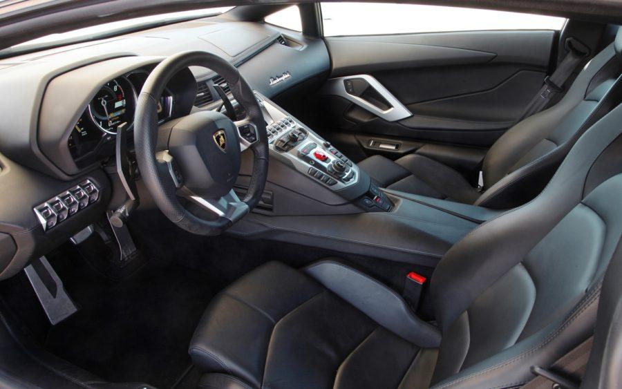 Lamborghini Gallardo интерьер