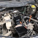 Почему машина на холодный двигатель плохо заводится?