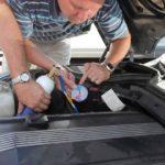 Сколько стоит заправить кондиционер в автомобиле?